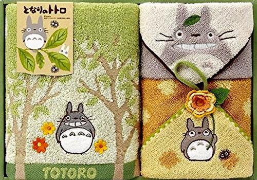 トトロおむつケーキに入っているアイテム【トトロのギフトタオル】
