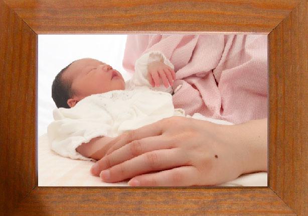 木のぬくもりフォトフレーム【赤ちゃんの可愛い笑顔をお気に入りの場所に】